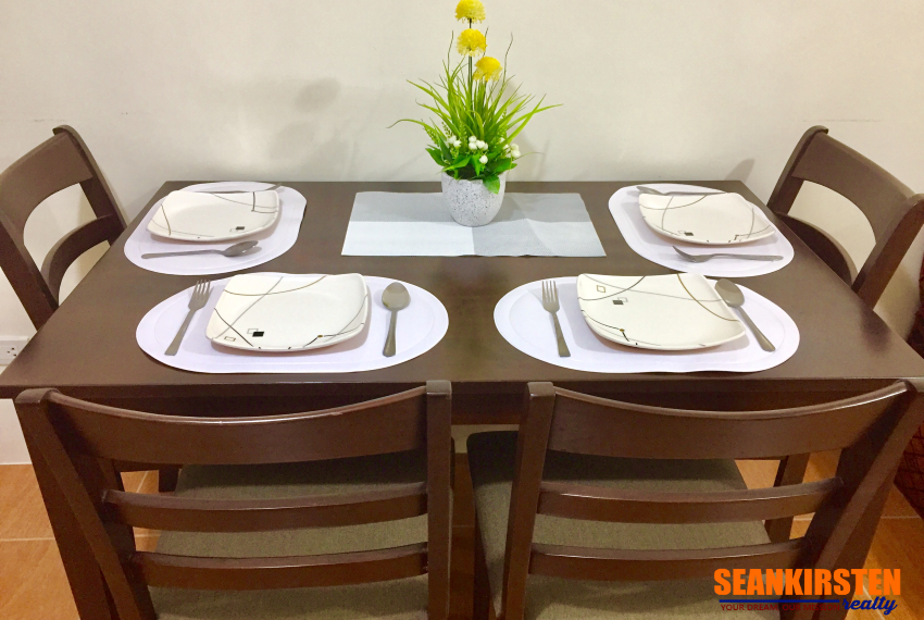 4-dining-one-oasis-seankirsten-realty