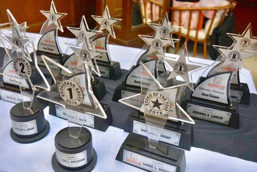 4-seankirsten-annual-awards-2018