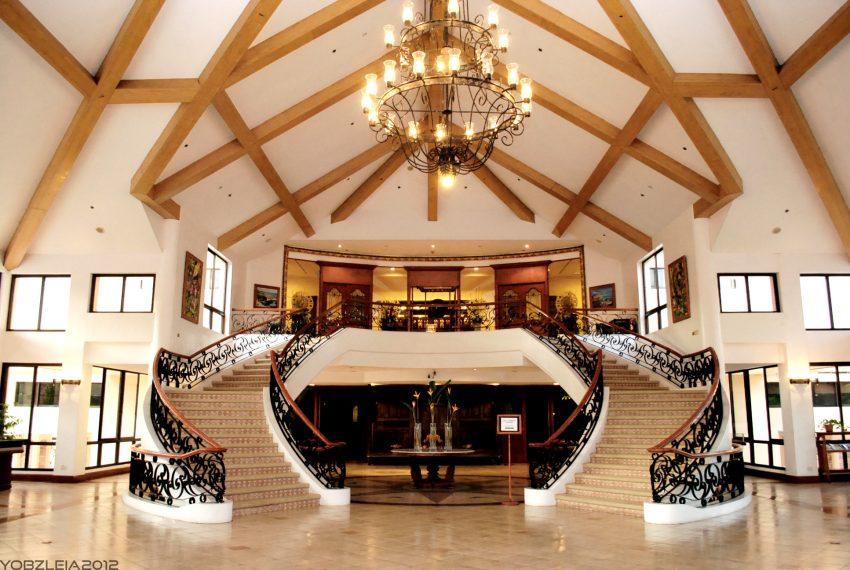 seankirsten-xavier-estates-clubhouse